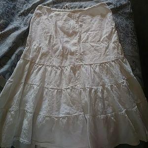 White skirt from the Gap